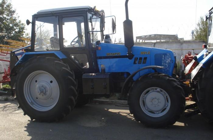 Трактор МТЗ-1221.2 Тропик