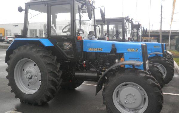 Трактор МТЗ-1025.2