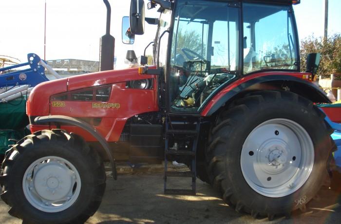 Трактор МТЗ-1523