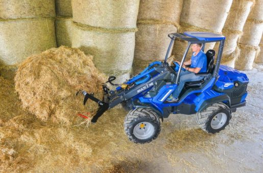 MultiOne-mini-loader-9-series-with-manure-fork-copia-1030×688